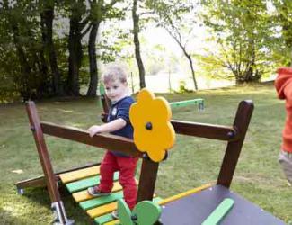 pont de motricite modulaire á sceller creche 18 mois/ 7 ans