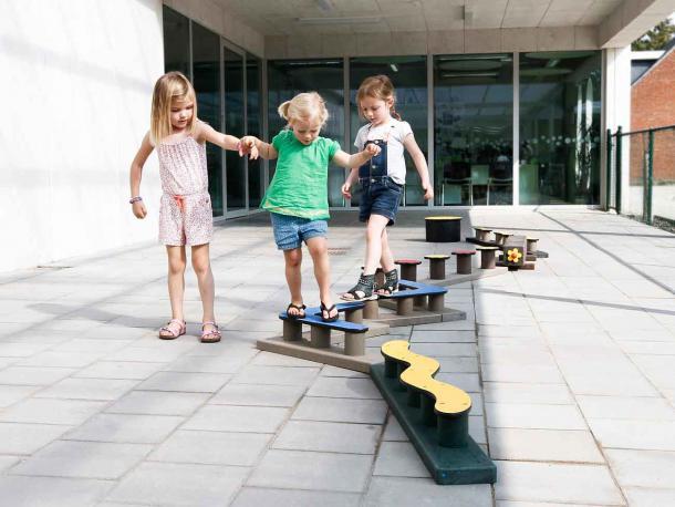 Parcours Zazou 2 Gp99 Plastique Recycle Govaplast 1 12 Ans Acodis Devis Parcours Pour Aire De Jeux Gratuit En Ligne