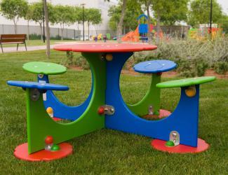 table pique nique enfants fruits 4 places