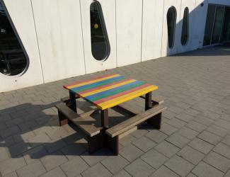 table pique nique carre gp39 en plastique recyclé multicolore primaire/adulte