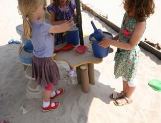 table parasol sandy gp23 plastique recycle govaplast 1/12 ans