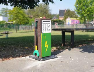 """station 3d """"volt"""" de couleur verte"""