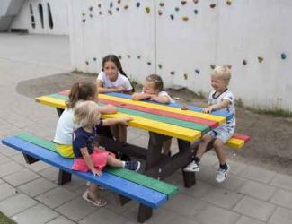 table pique nique multicolore gp17 en plastique recycle primaire/adulte