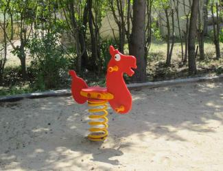 jeu ressort cheval - poly - 1 pl - 2/6 ans