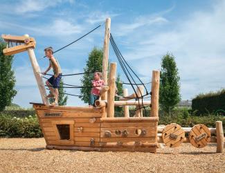 bateau robinier (proue) - 4/12 ans